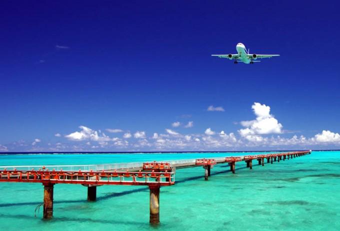 overseas_traveling