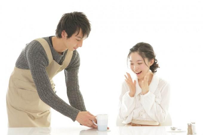 サラリーマンのバイトのオススメって何がある?副業5万円、10万円を目指すには。